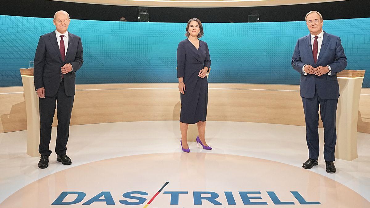 Die Kanzlerkandidaten Olaf Scholz (SPD), Annalena Baerbock (Grüne) und Armin Laschet (CDU) (v. l. n. r.) im Triell bei ARD und ZDF.
