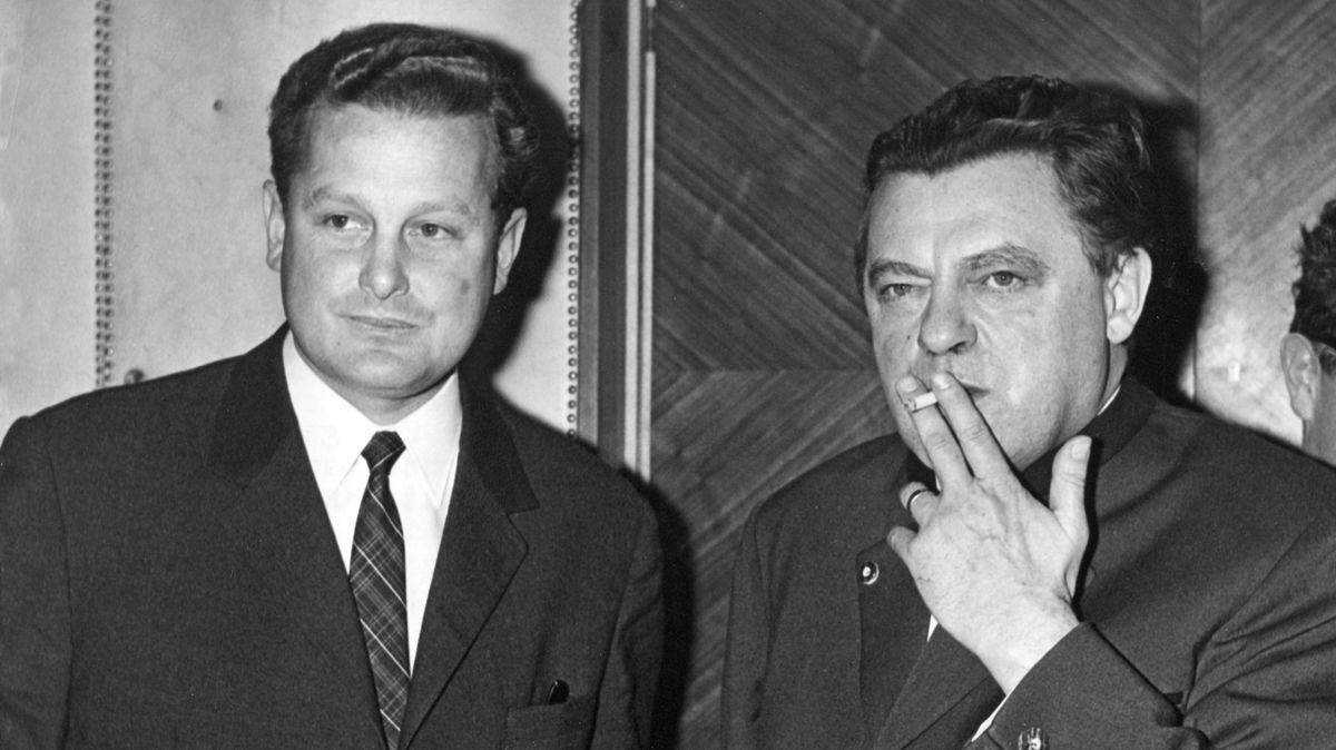 1974: Der neue CSU-Generalsekretär Max Streibl (l.), später von 1988 bis 1993 auch bayerischer Ministerpräsident, neben Parteichef Strauß (r.)