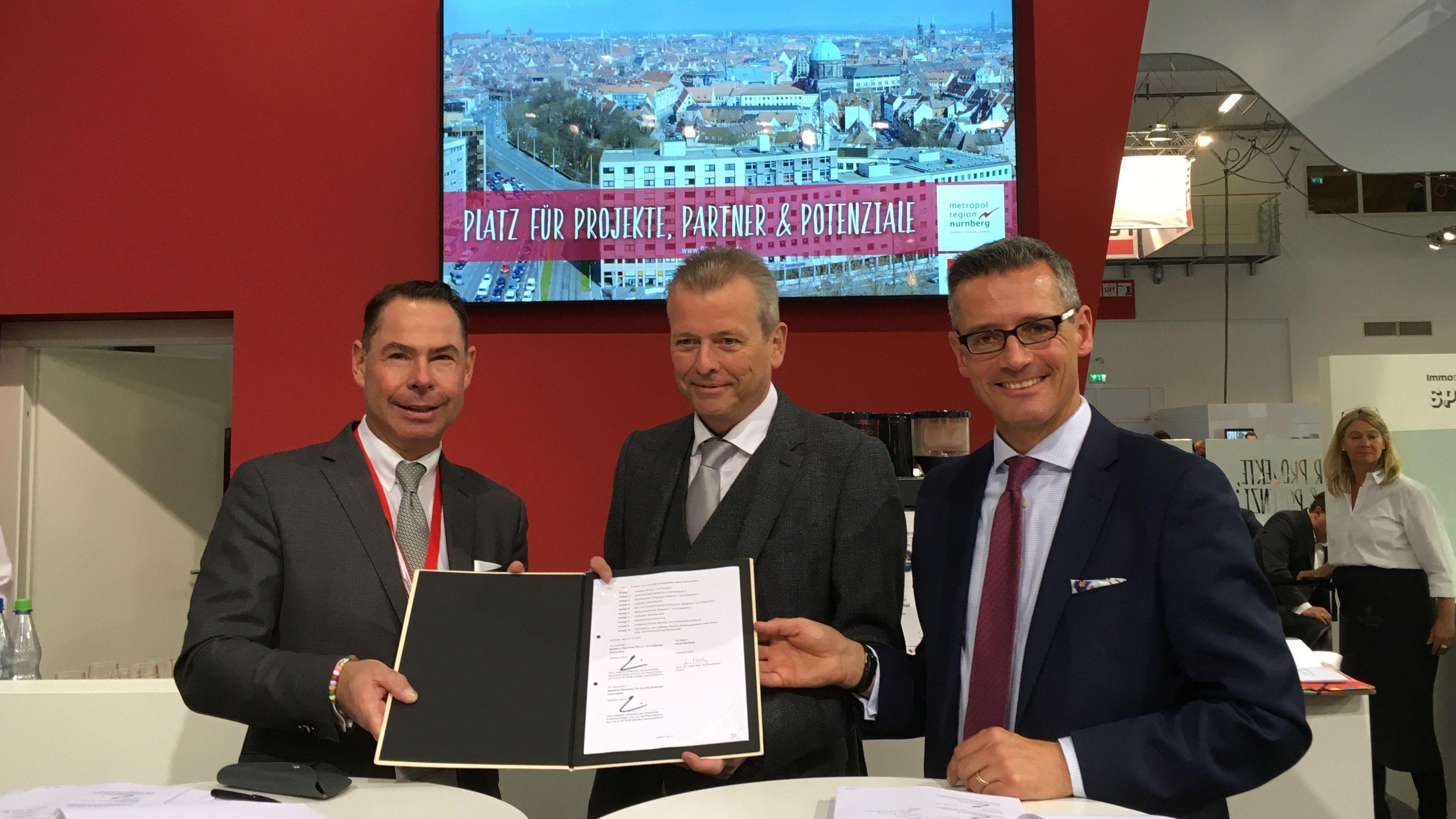 Mathias Düsterdick,  Vorstandsvorsitzende der Gerchgroup AG, Ulrich Maly  Nürnberger Oberbürgermeister und Michael Fraas Nürnbergs Wirtschaftsreferent