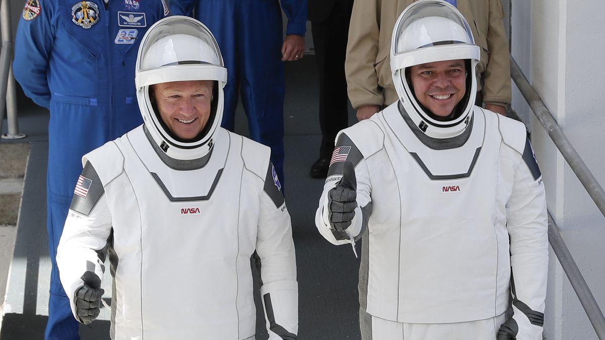 Die US-Astronauten Douglas Hurley und Robert Behnken sind wieder zurück auf der Erde.