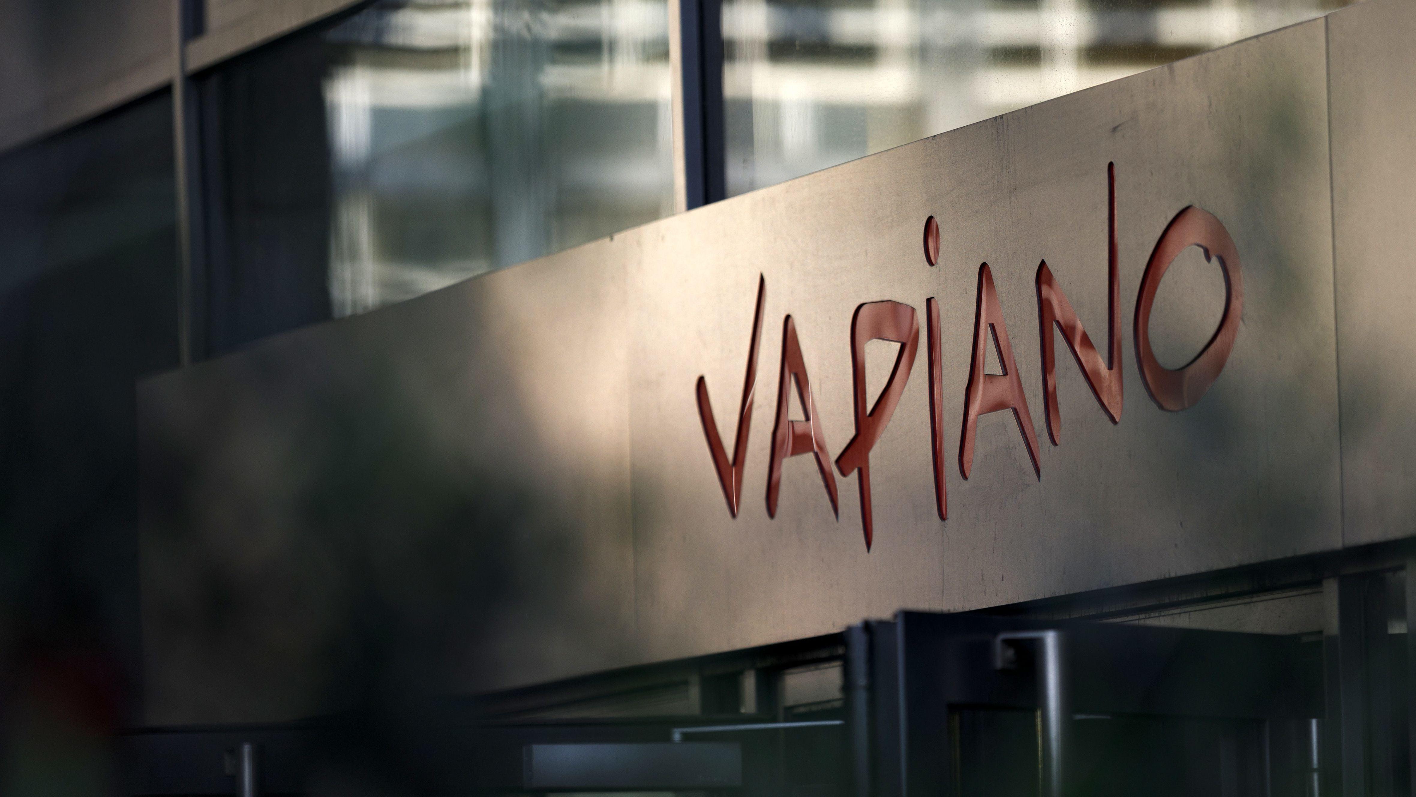 Vapiano Logo an einer Filiale der Restaurantkette