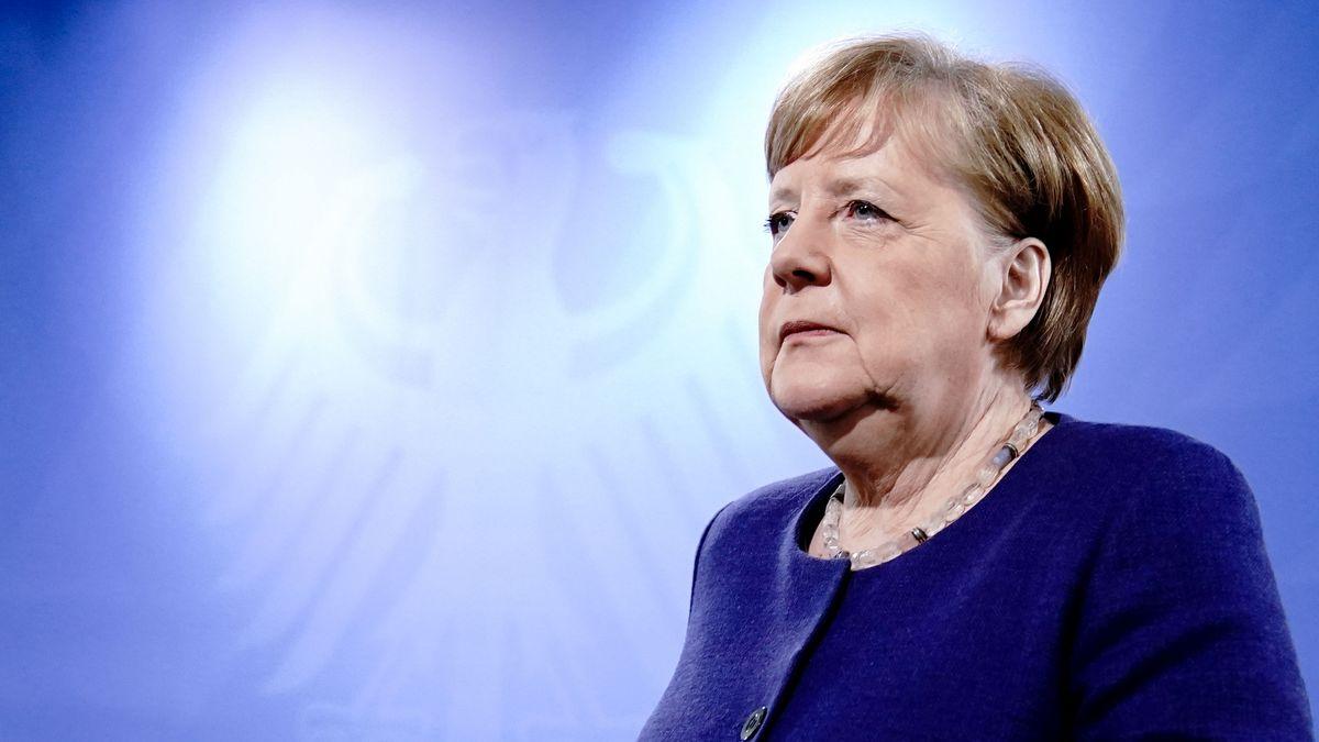 Bundeskanzlerin Angela Merkel (CDU) nach einer Videokonferenz mit den Ministerpräsidenten der Bundesländer am 30. April 2020.