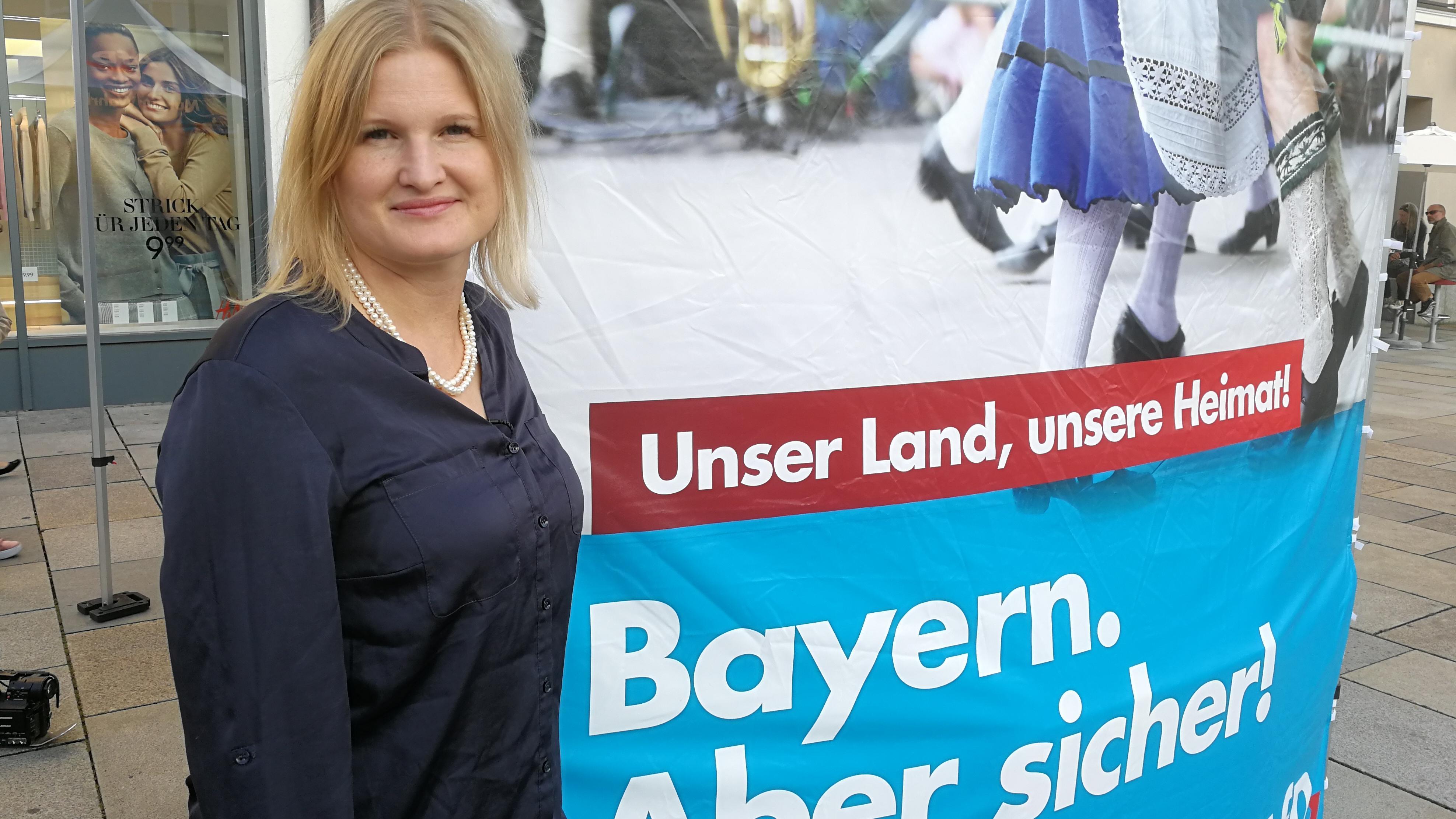 Katrin Ebner-Steiner ist Listenführerin in Niederbayern, Vizevorsitzende des AfD-Landesverbands und könnte im neuen Landtag Fraktionsvorsitzende werden, auch wenn sie darüber nicht spekulieren will: Kathrin Ebner-Steiner