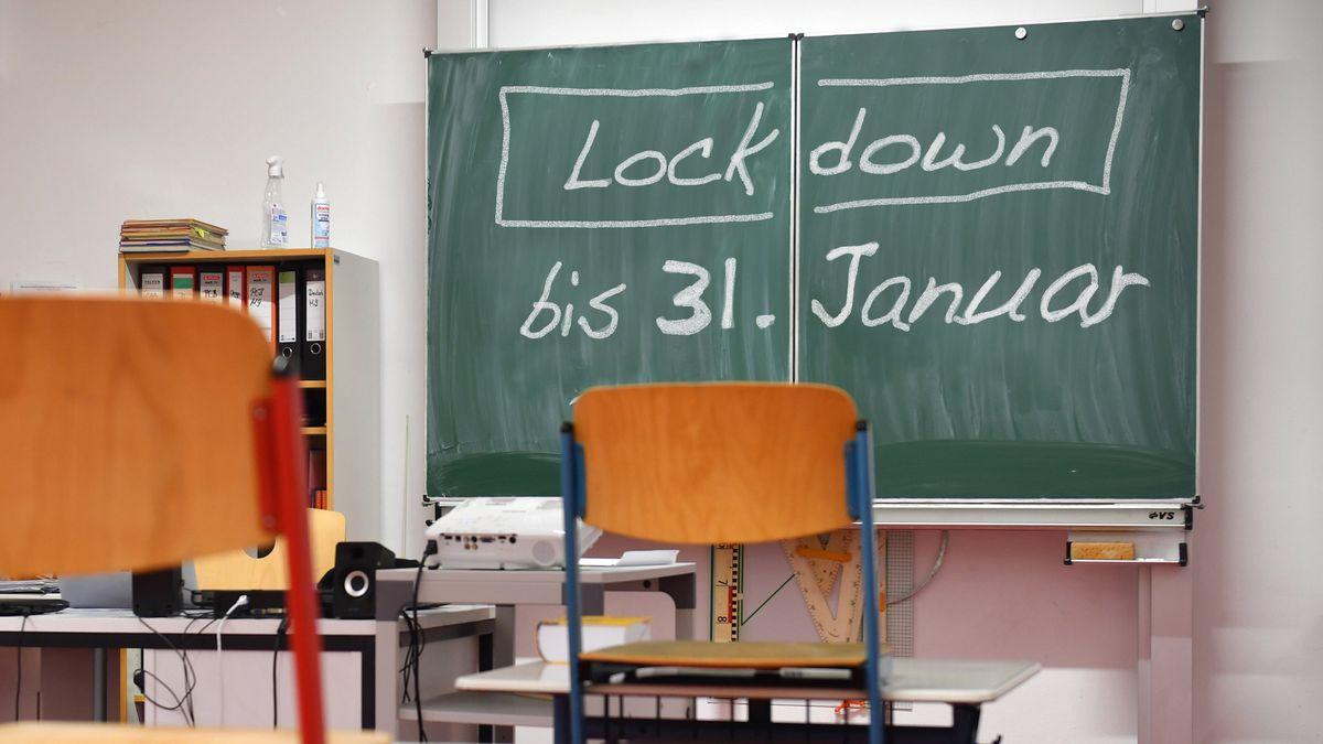 Die derzeit in Bayern geltenden Infektionsschutzmaßnahmen werden über den 10. Januar 2021 hinaus bis zunächst zum 31. Januar 2021 verlängert.