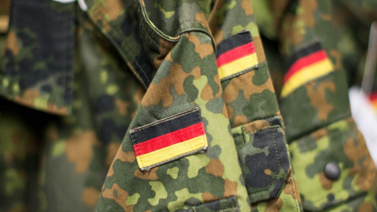 Bundeswehruniformen