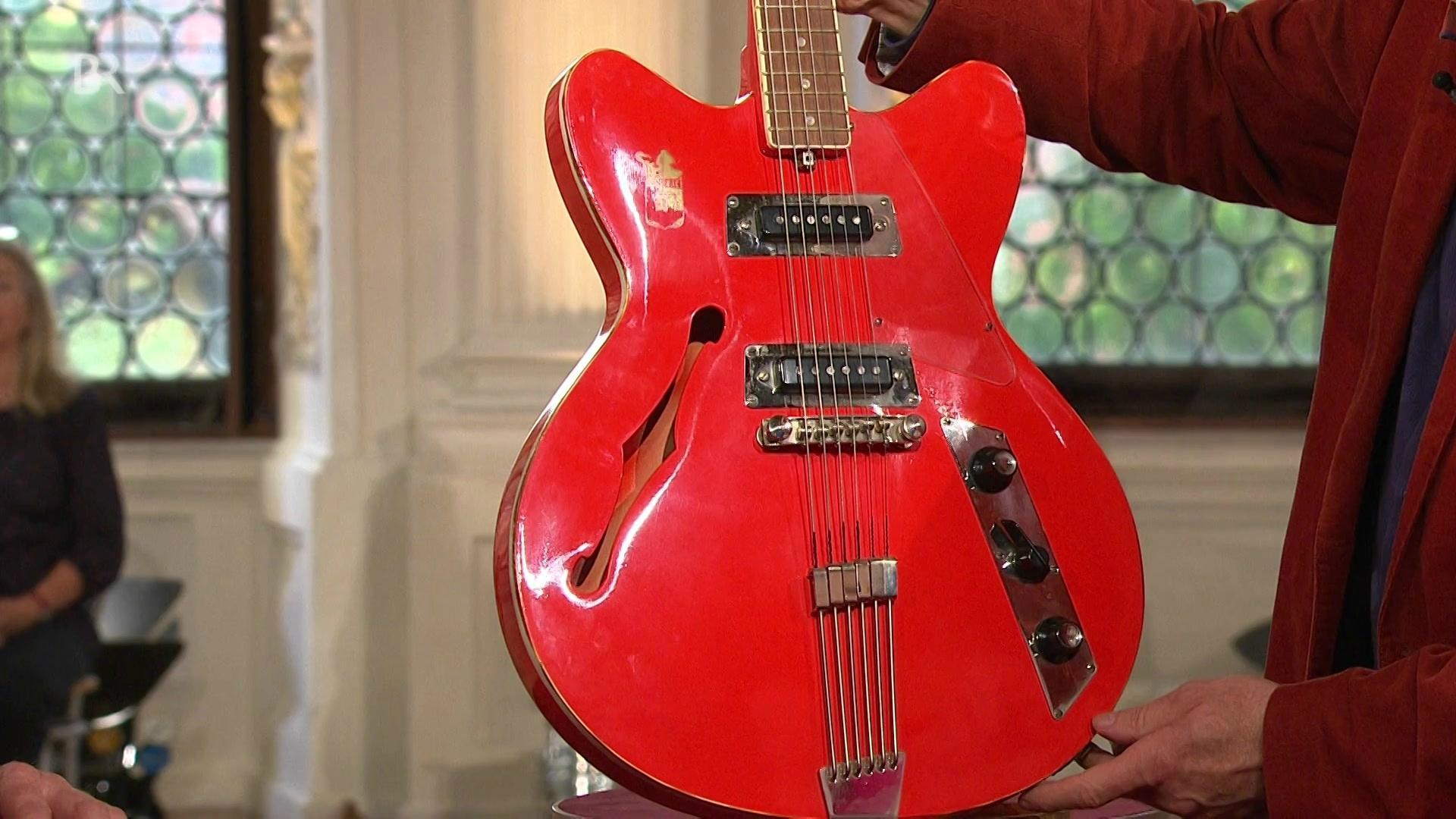 Beats aus dem Osten : Rote E-Gitarre