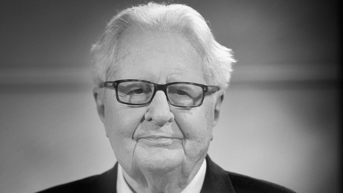 Porträt Hans-Jochen Vogel