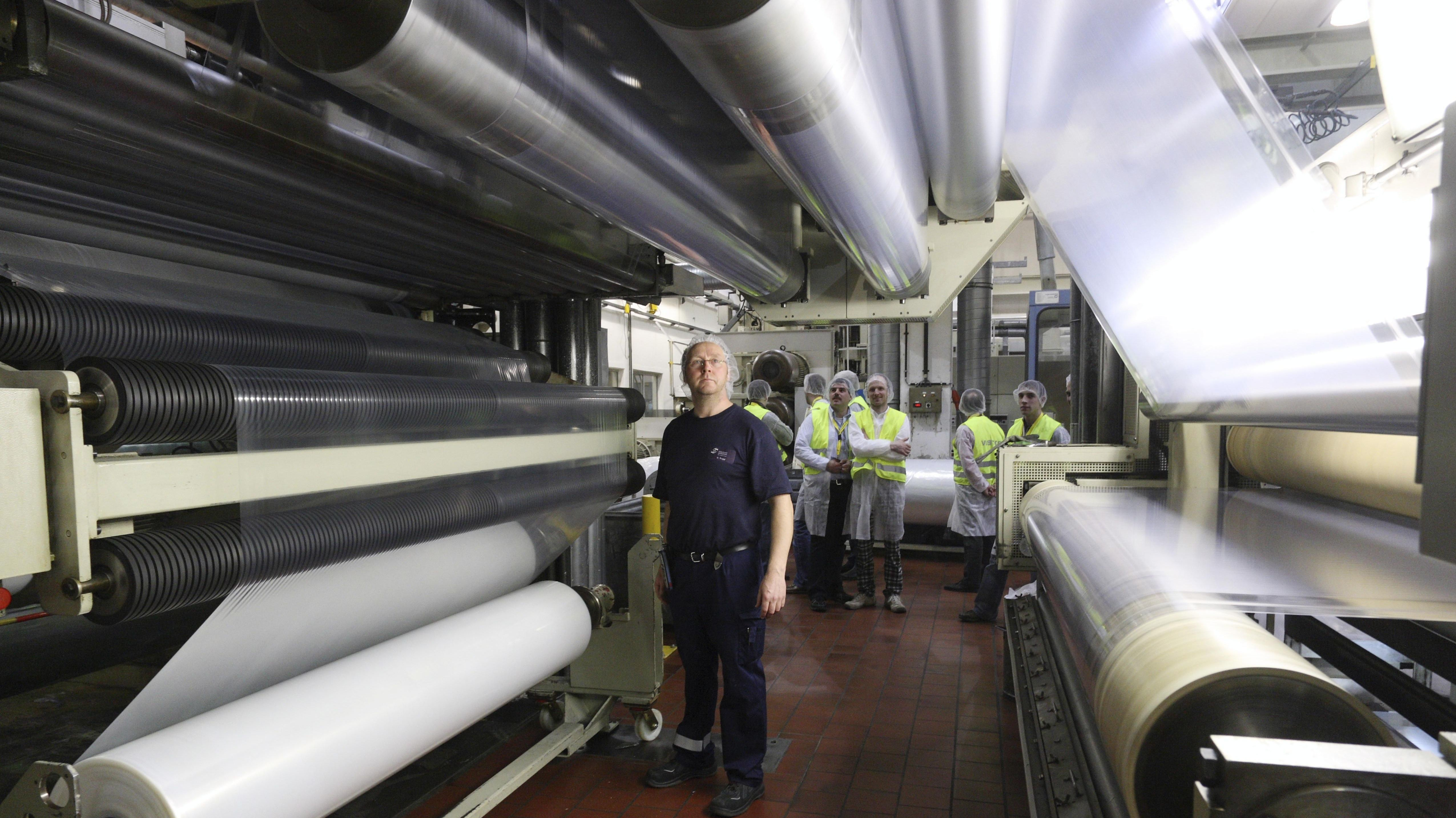 Produktion von PVC-Folie für die Verpackung von Lebensmitteln