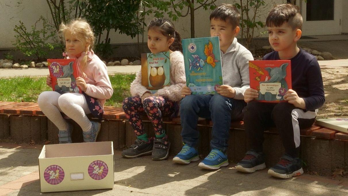 Kita-Projekt Zweisprachige Bücherbox startet