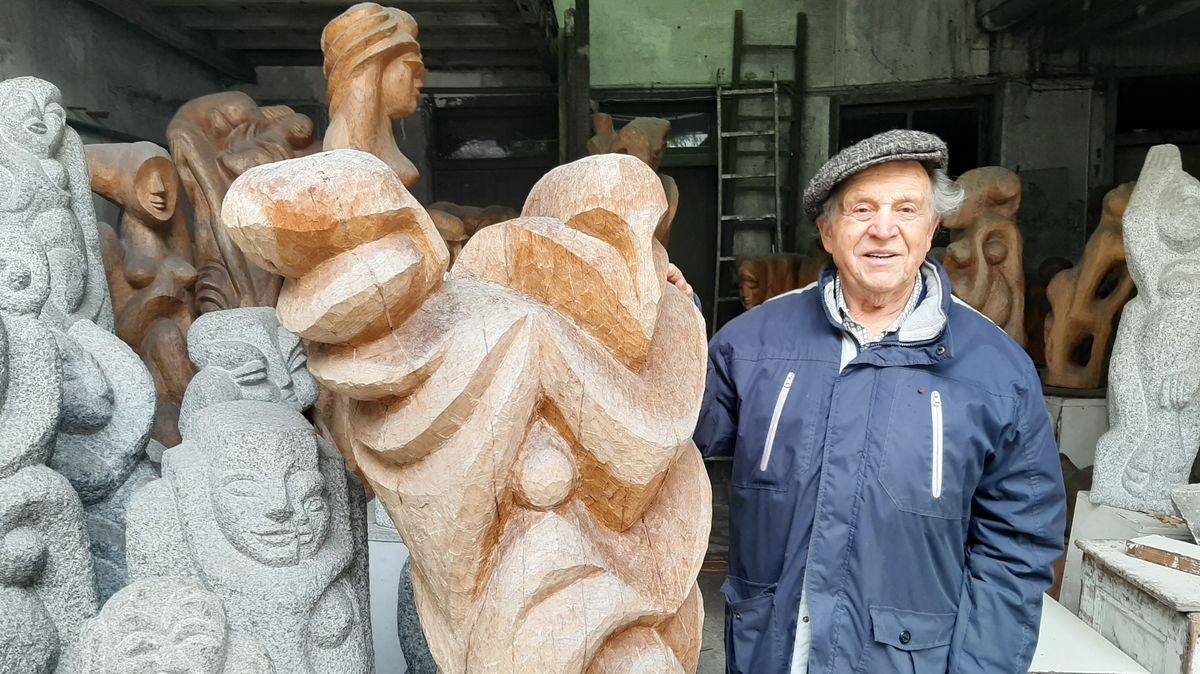 Die KZ-Gedenkstätte Flossenbürg eröffnet am Donnerstag eine Ausstellung mit Skulpturen und Zeichnungen von dem ehemaligen KZ-Häftling Selinger