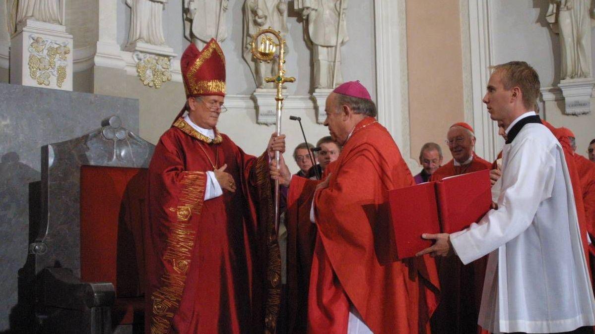 Bischof em. Friedhelm Hofmann und der verstorbene Bischof em. Paul-Werner Scheele