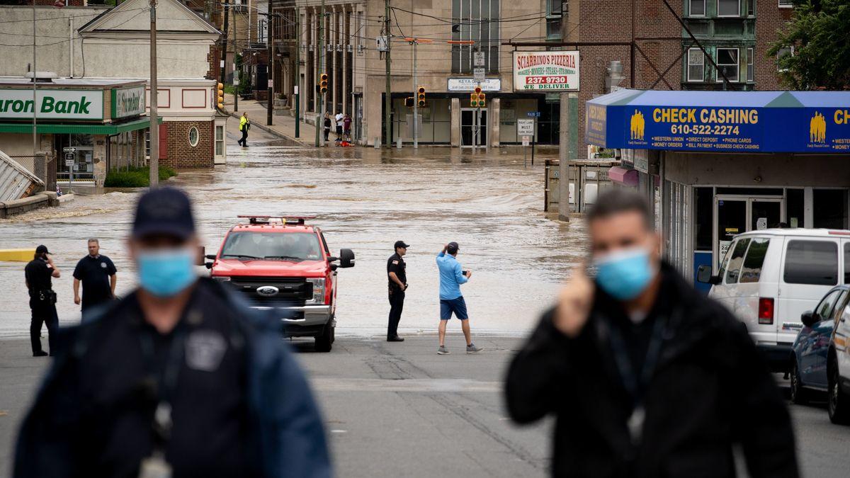"""Nach seiner Ankunft an der Küste des US-Staats North Carolina hat Hurrikan """"Isaias"""" große Schäden verursacht."""