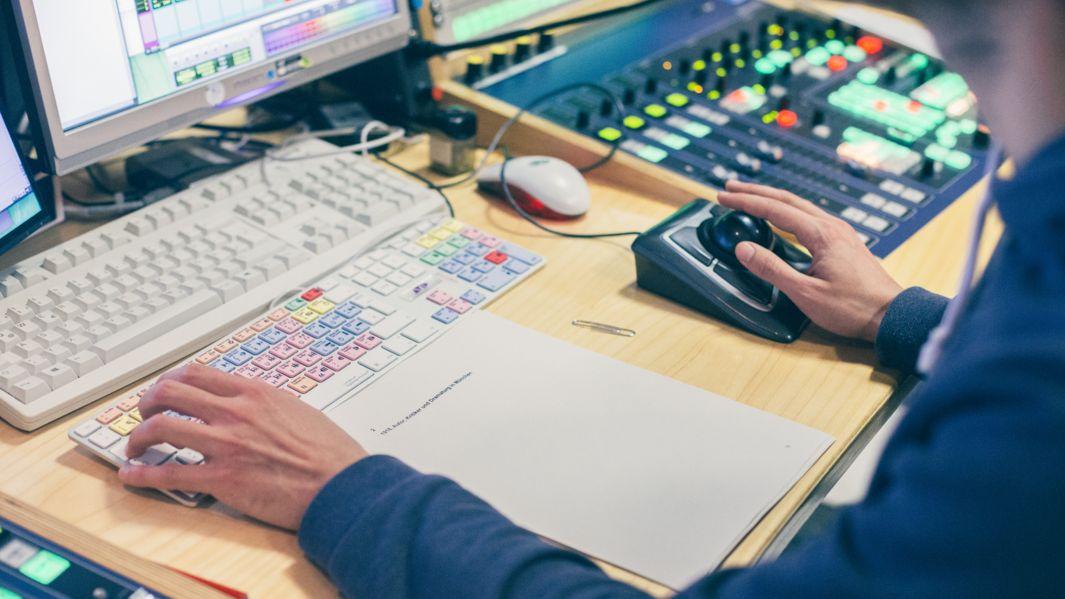 BR-Moderatoren bauen auf Unterstützung durch Sende-Techniker