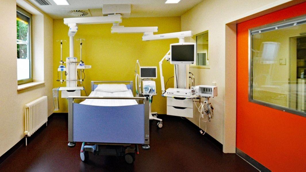 Krankenzimmer in Farbe