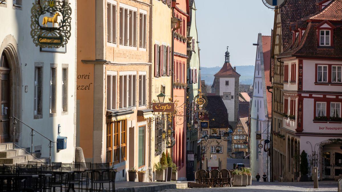 Rothenburg ob der Tauber: Blick in die Obere Schmiedgasse