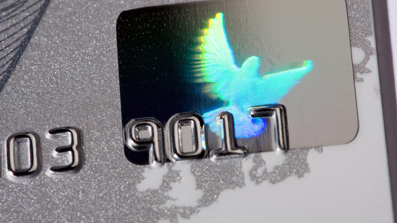 Kreditkarte mit Hologramm als Sicherheitsmerkmal