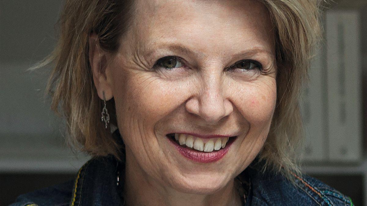 Eine lächelnde Frau: Anna von Planta