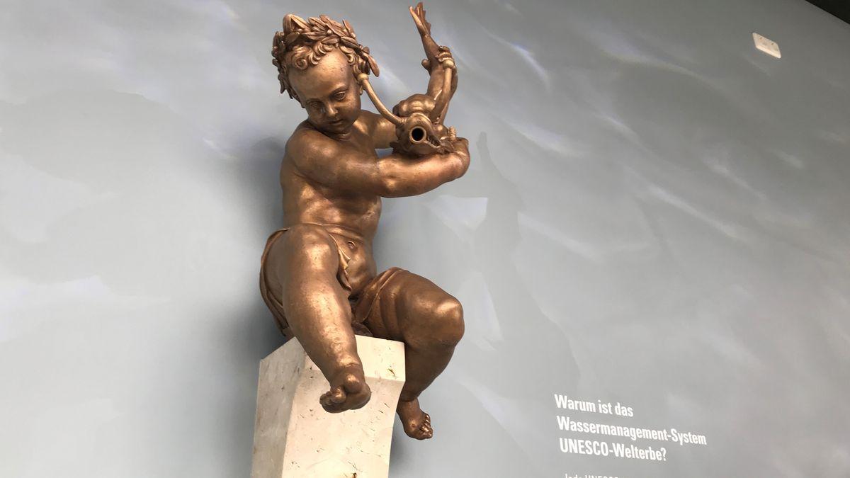 Putte vom Augustusbrunnen in Augsburg