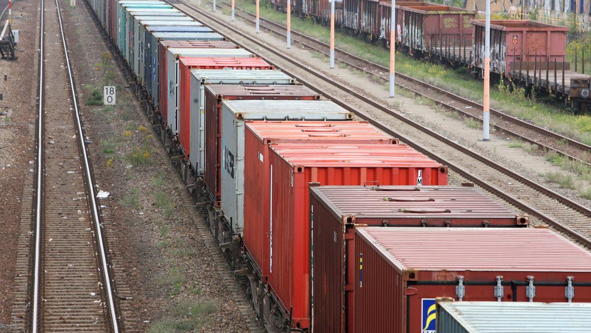 Güterzug (Symbolbild)