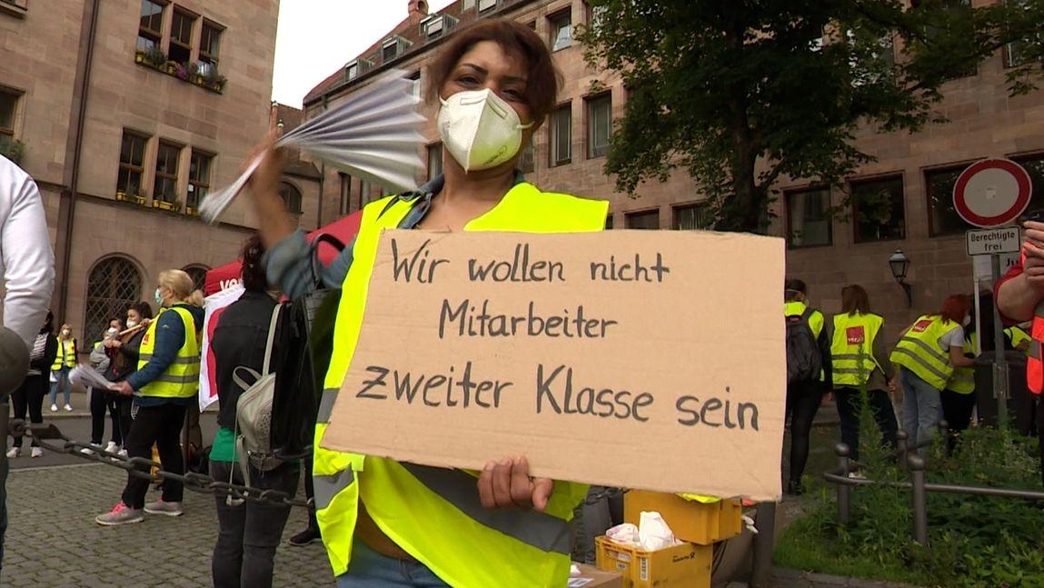 Klinikums-Mitarbeiter demonstrieren in Nürnberg