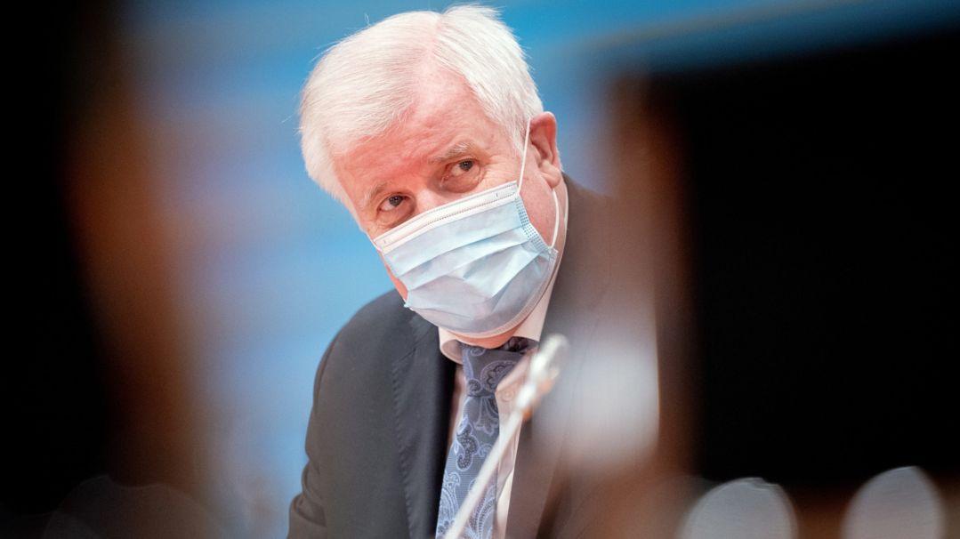 Horst Seehofer (CSU), Bundesminister für Inneres, Heimat und Bau
