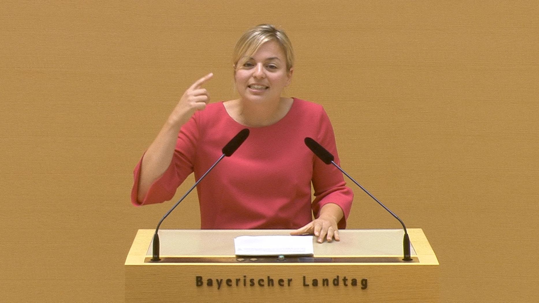 Grünen-Spitzenkandidatin Katharina Schulze bei ihrer Rede im Landtag