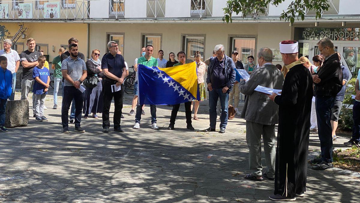 25 Jahre Massaker von Srebrenica: Gedenkveranstaltung in Würzburg