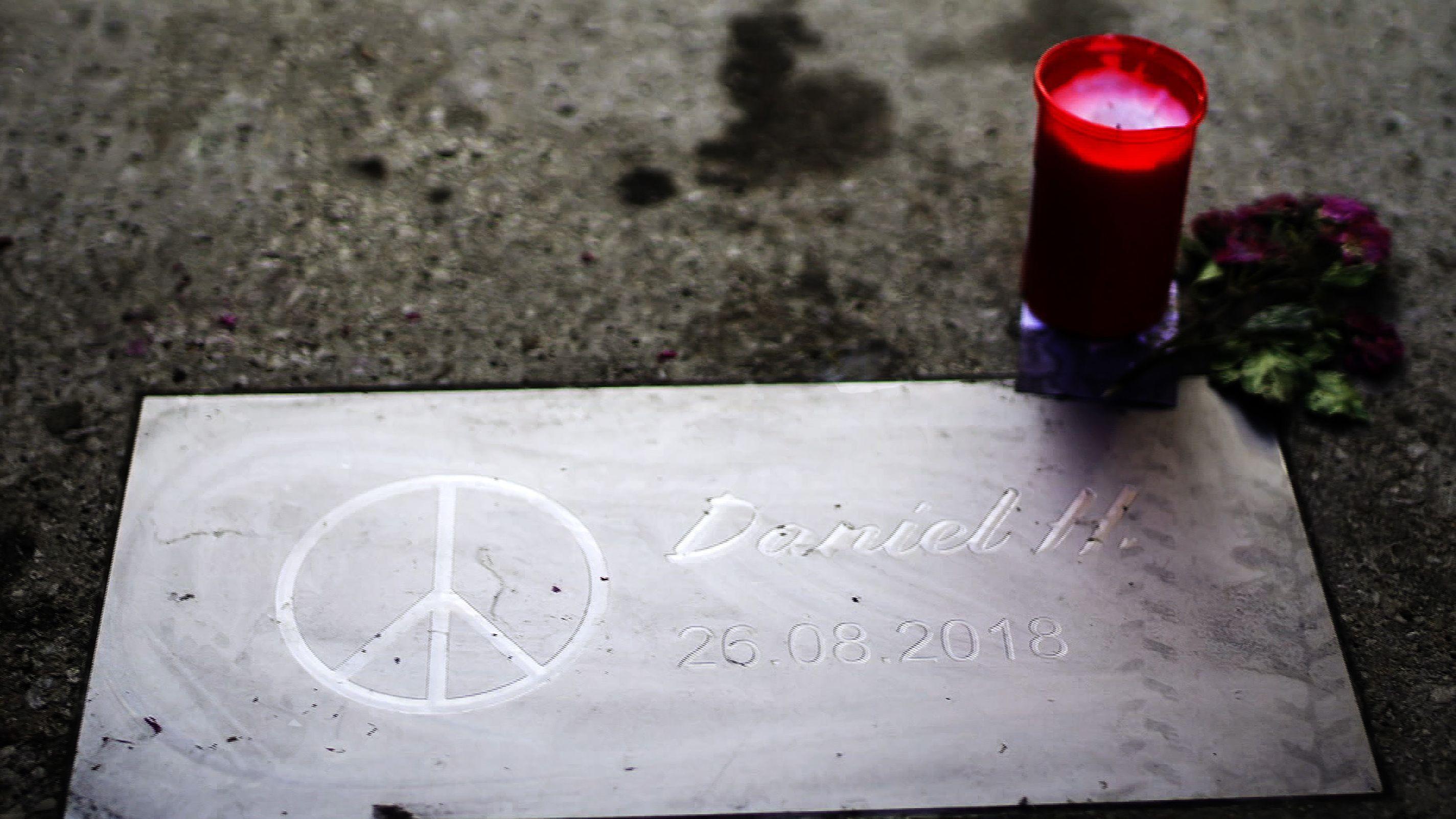Grabstein von Daniel H., Opfer der Messerstecherei vom 26.8.2018