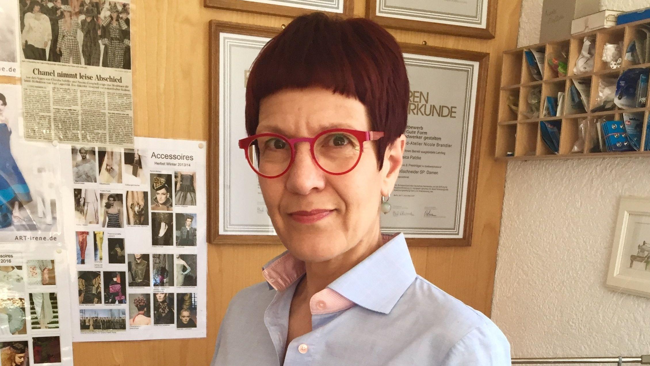 Schneiderin Nicole Brandler aus Untererthal (Lkr. Bad Kissingen)