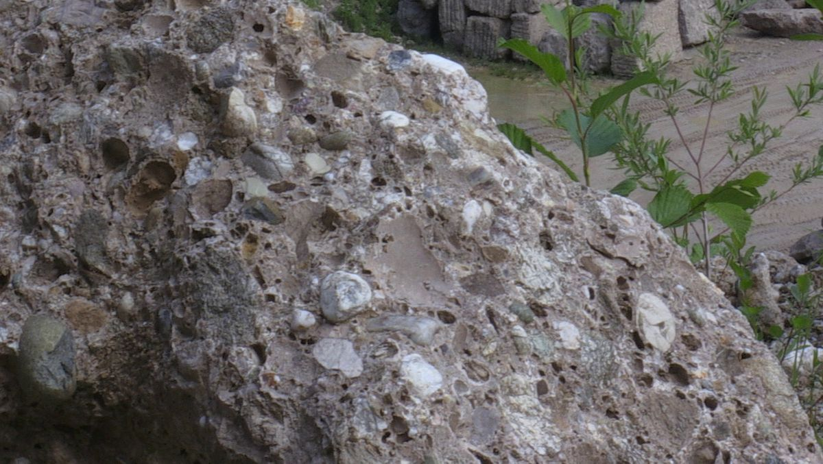 """Ein etwa 300.000 Jahre alter """"Biberstein"""""""