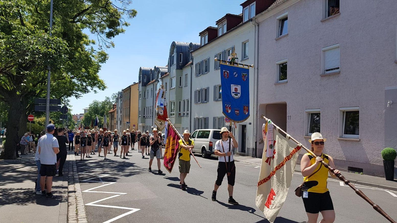 Umzug beim Bayerischen Landesturnfest