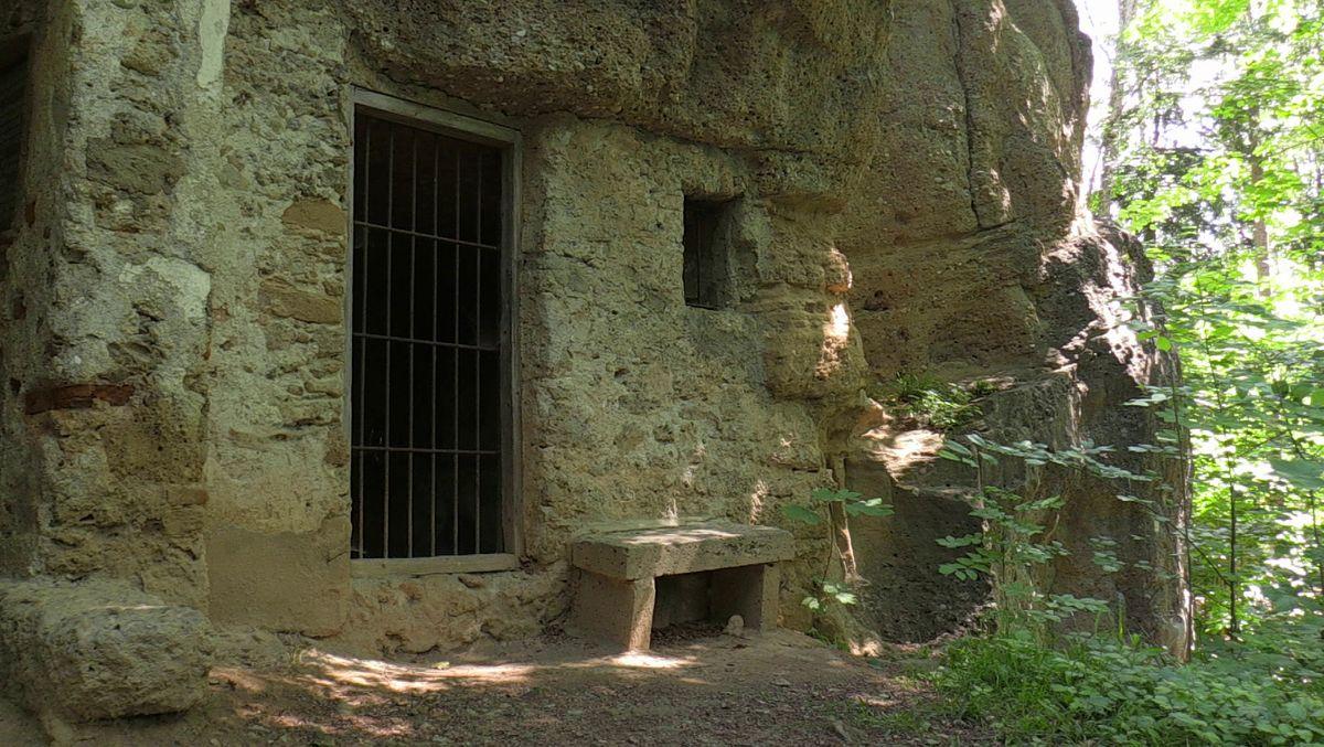 Gut erhaltenen Steinhöhle