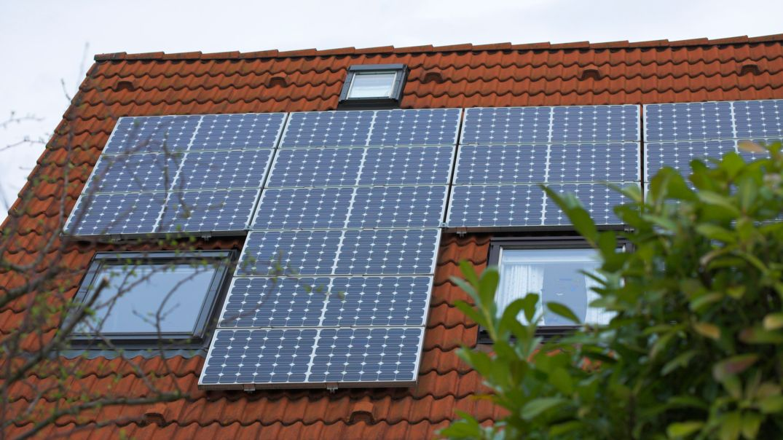 Solarzellen auf dem Dach