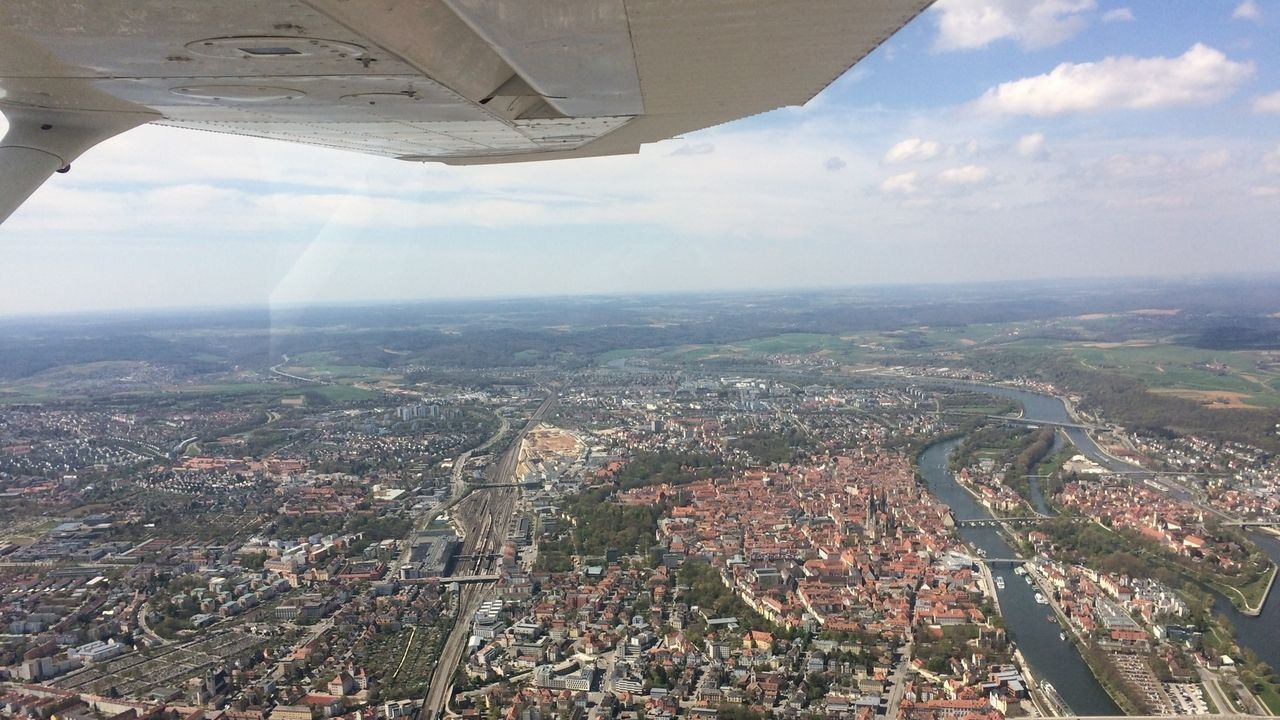 Für die Oberpfalz sind wieder einige Beobachtungsflüge angeordnet worden - damit soll die Rauchentwicklung am Boden beobachtet werden.