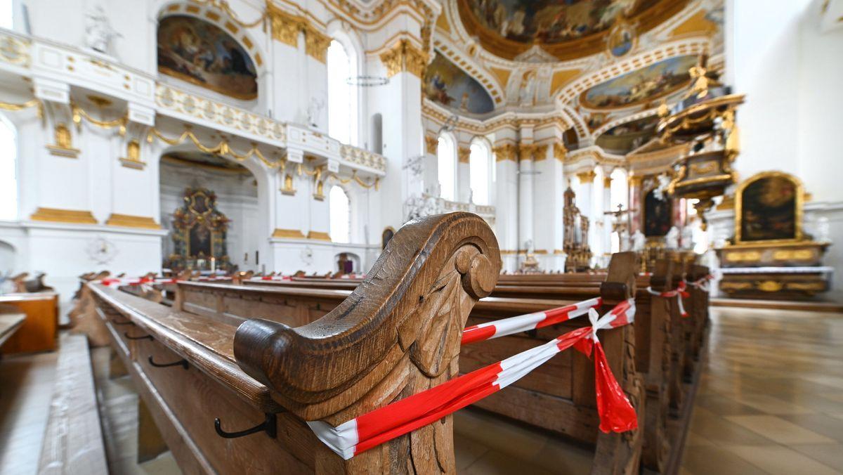 Symbolbild Kirche während der Corona-Pandemie