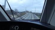 Ausblick aus dem Cockpit des Üfex auf die Neufahrner Kurve   Bild:BR/Sebastian Grosser