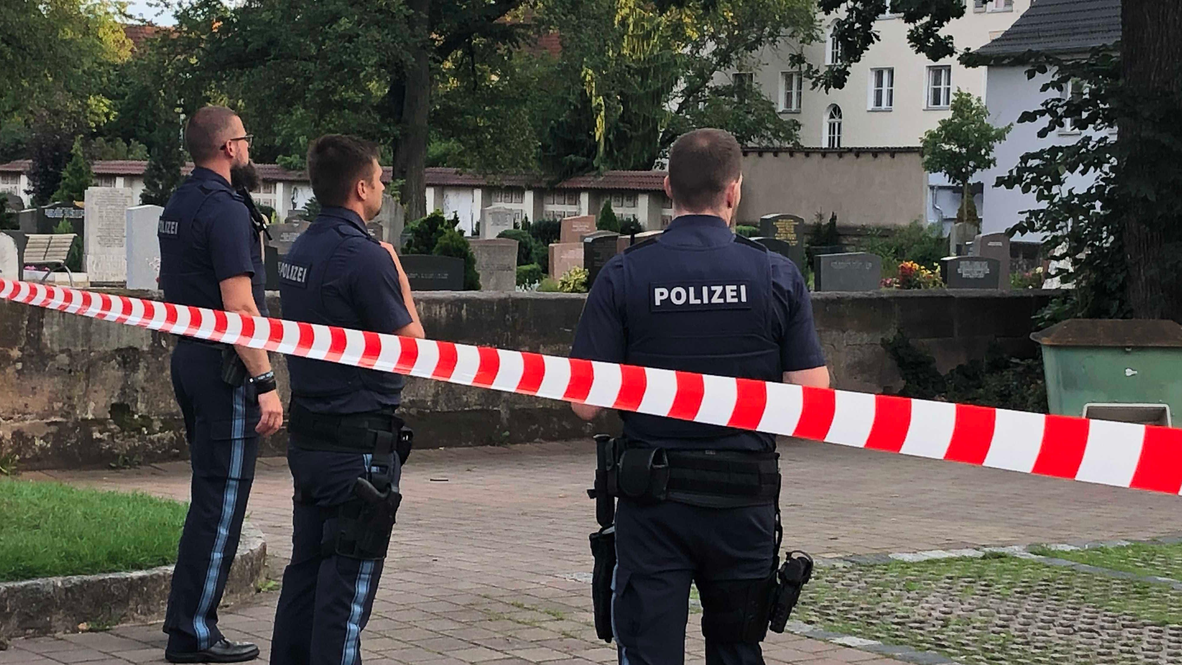 Polizei schießt Mann an in Stein bei Fürth