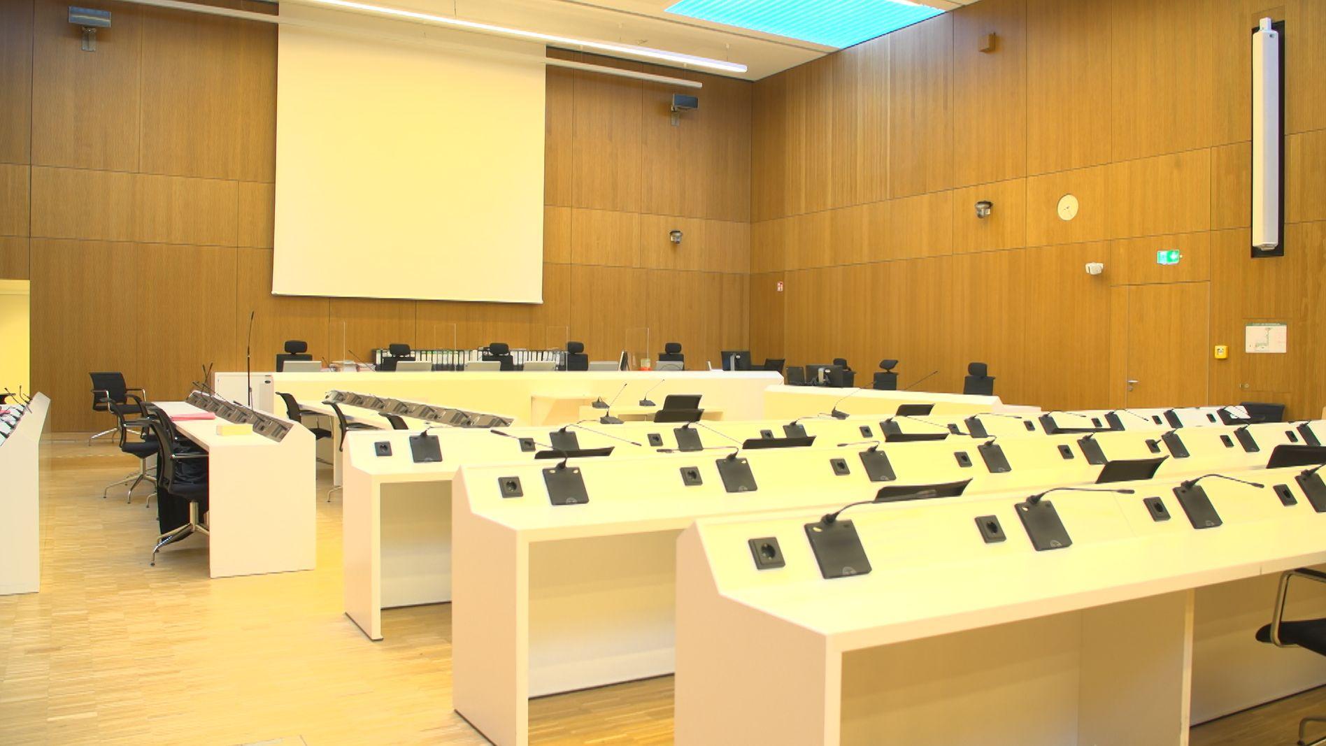 Der Saal der JVA Stadelheim von innen.
