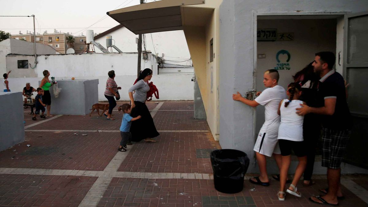 Auch tausende Israelis flohen während des Gazakrieges 2014 regelmäßig in die Bunker