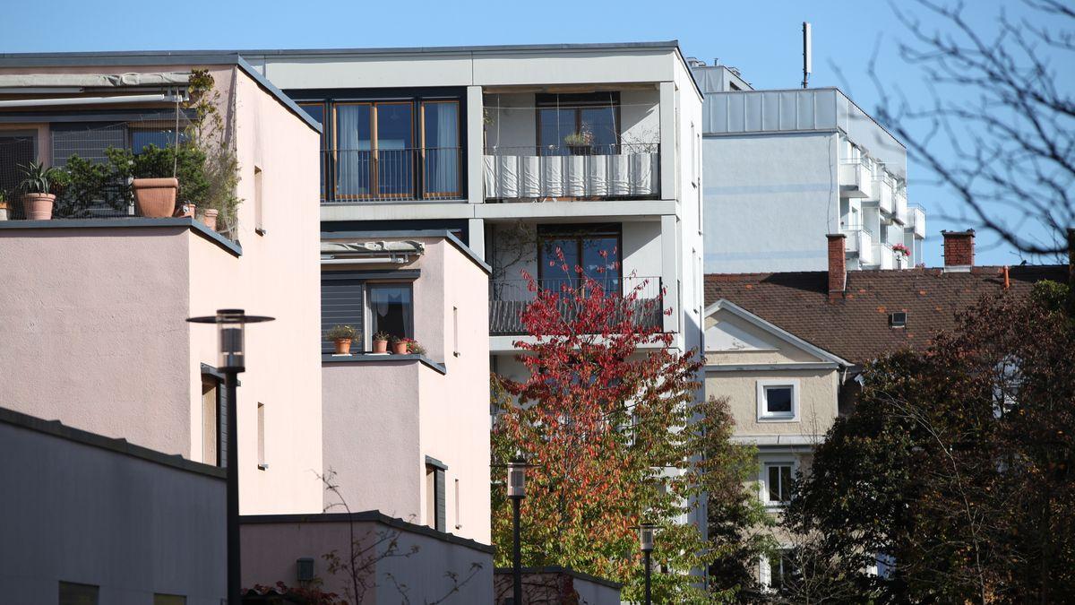 Mehrstöckige Wohnhäuser in München am Ackermannbogen