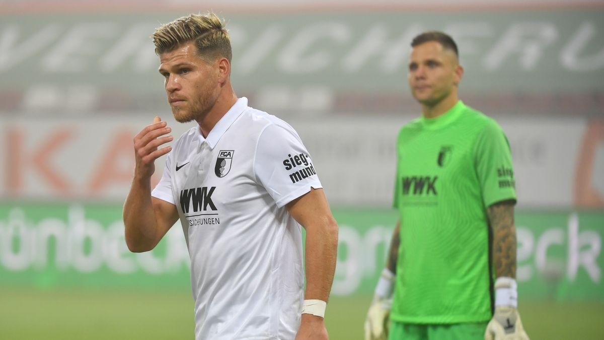 Florian Niederlechner (l.) und Rafal Gikiewicz
