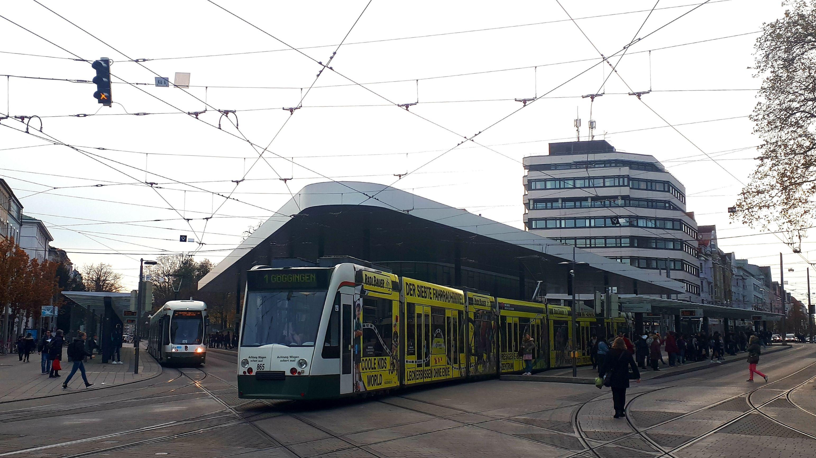 Trambahnen in der Augsburger Innenstadt