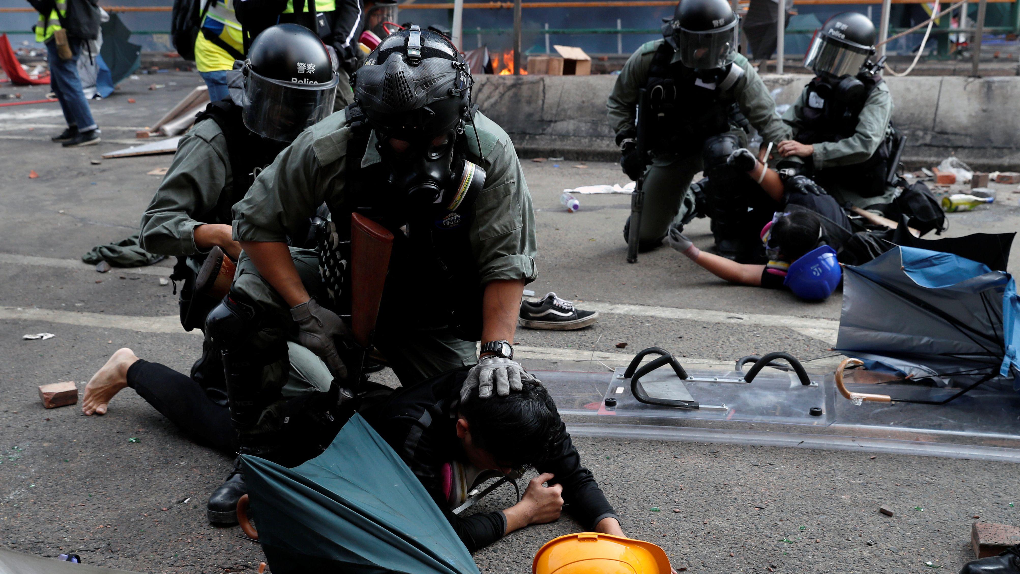 Straßenschlachten in Hongkong