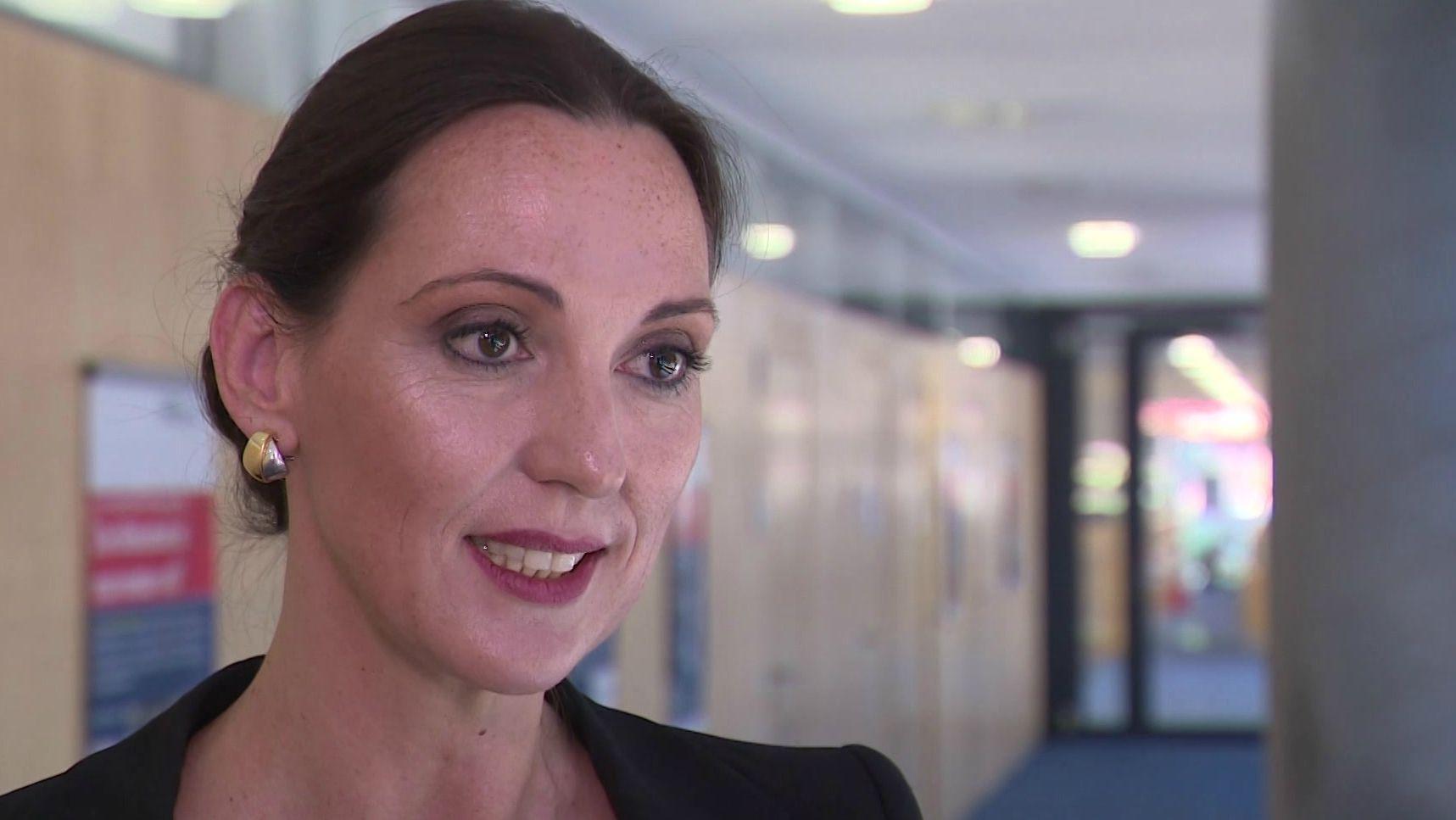 Bundesagentur für Arbeit, Personal- und Finanzvorstand Valerie Holsboer
