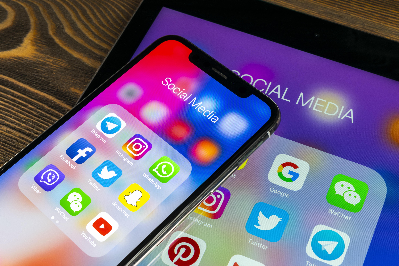 WhatsApp ist die beliebteste Social Media App bei Jugendlichen und jungen Erwachsenen