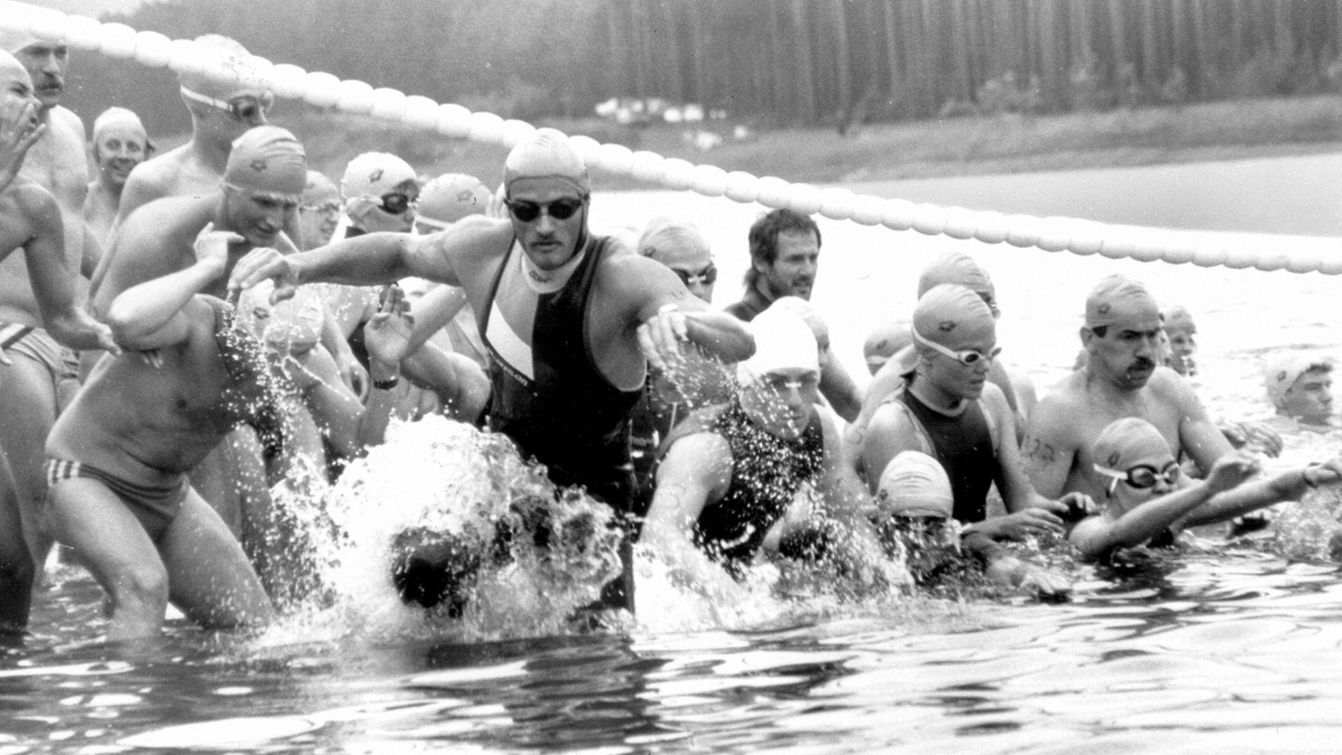 Schwimmstart beim Triathlon Roth 1984