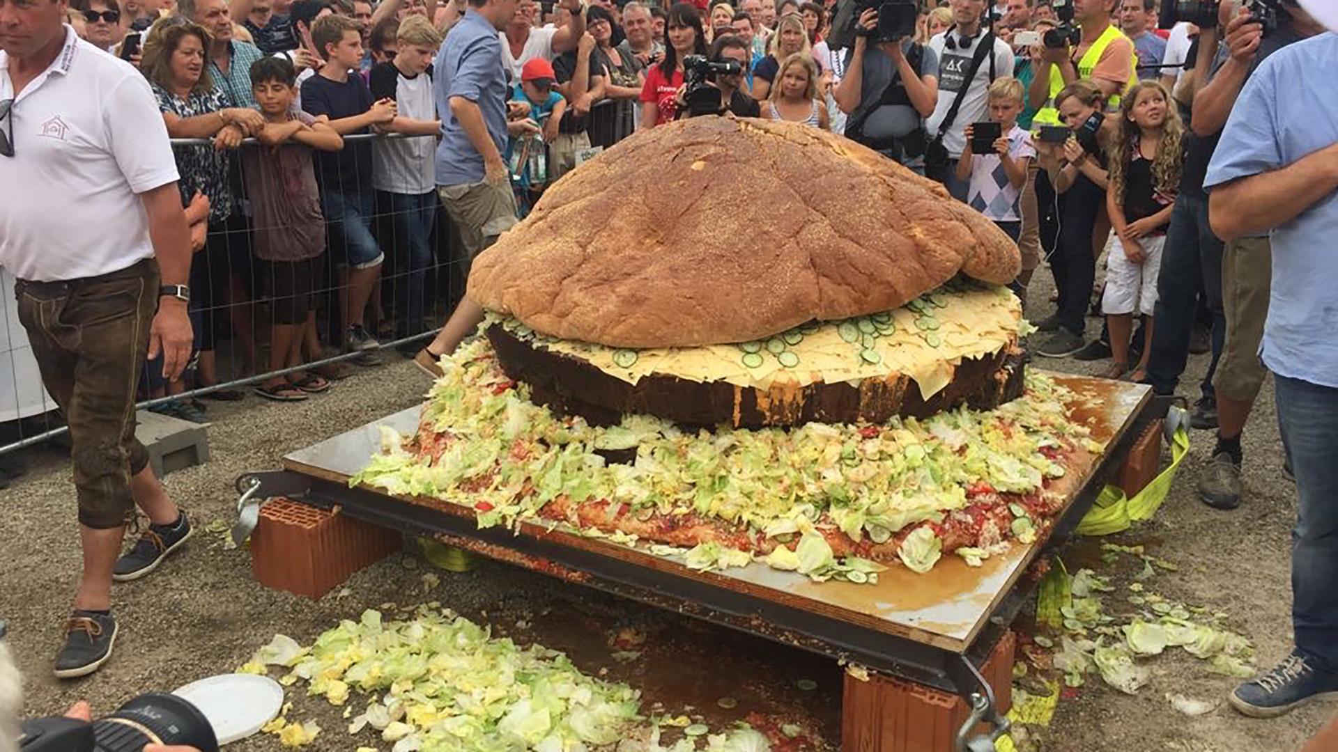 Größter Hamburger Der Welt