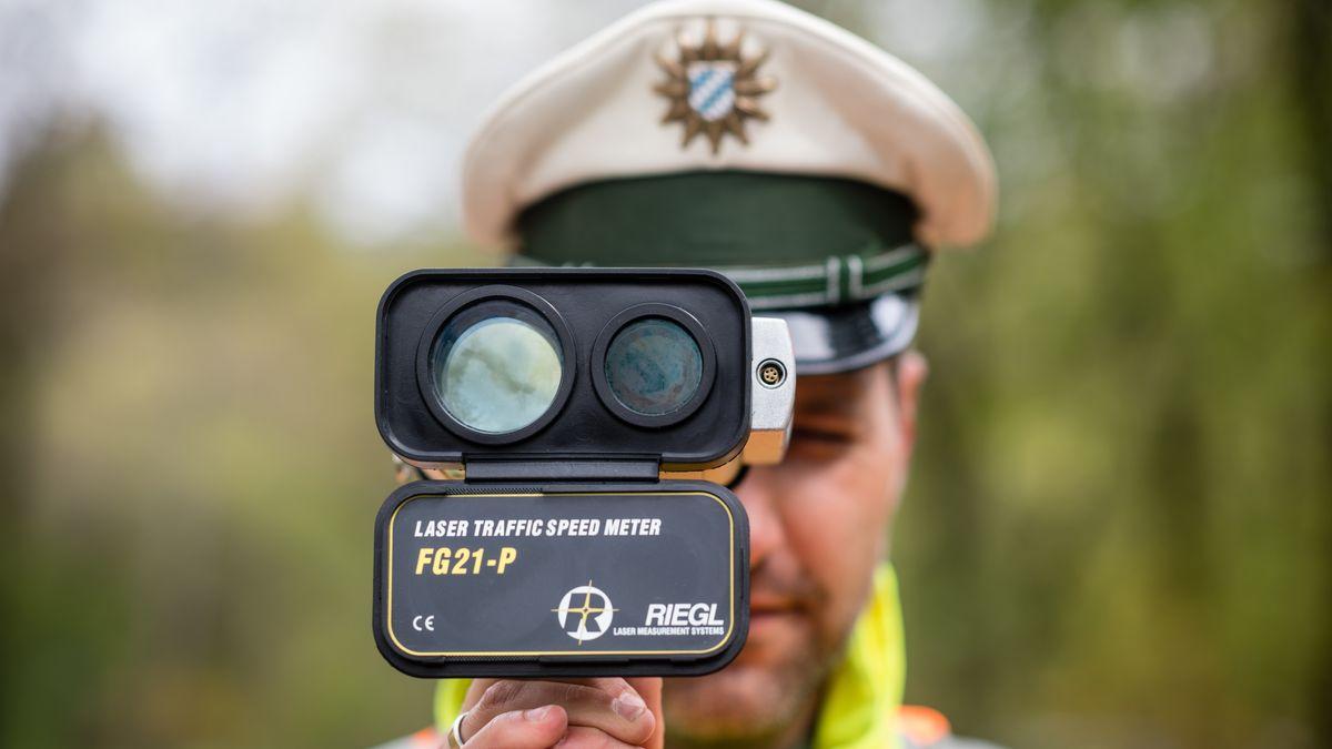 Lasermessung durch die Polizei in München
