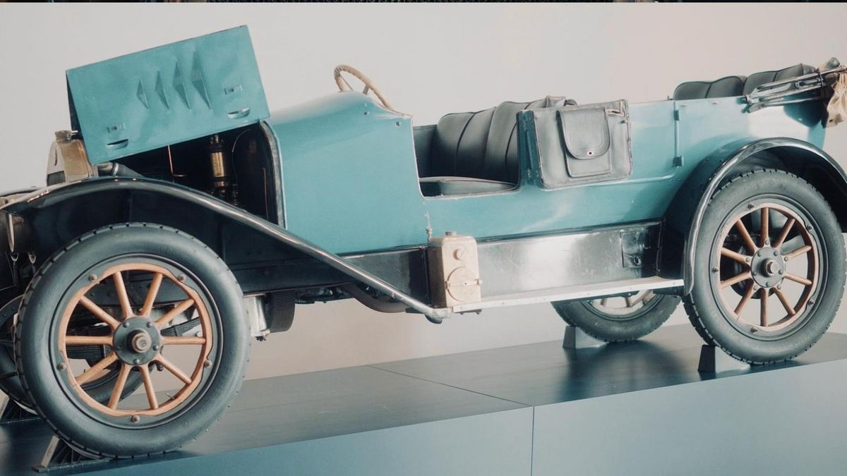 "Automobil ""Benz 8/20 Doppel-Phaeton"""