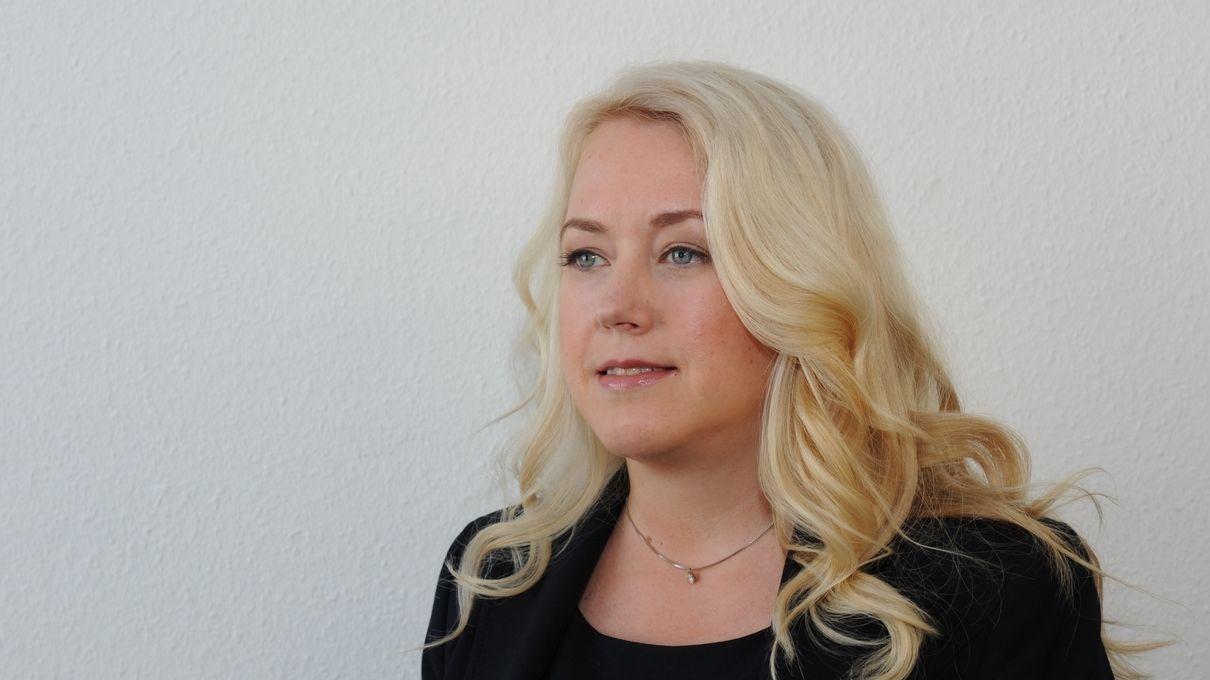 Liane Bednarz, Juristin und Publizistin